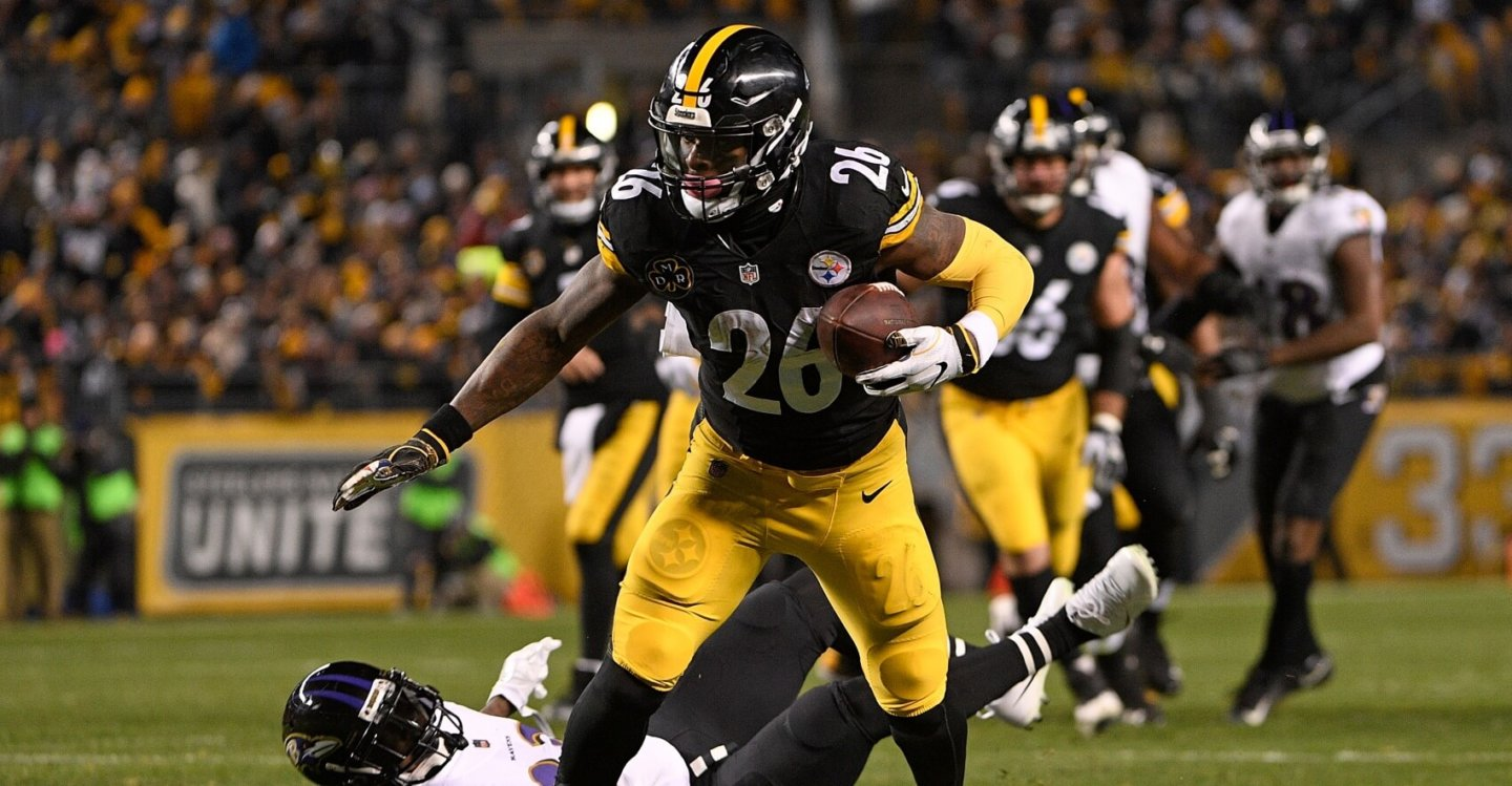 Fantasy Football: The Commissioner's Guide to League Formats