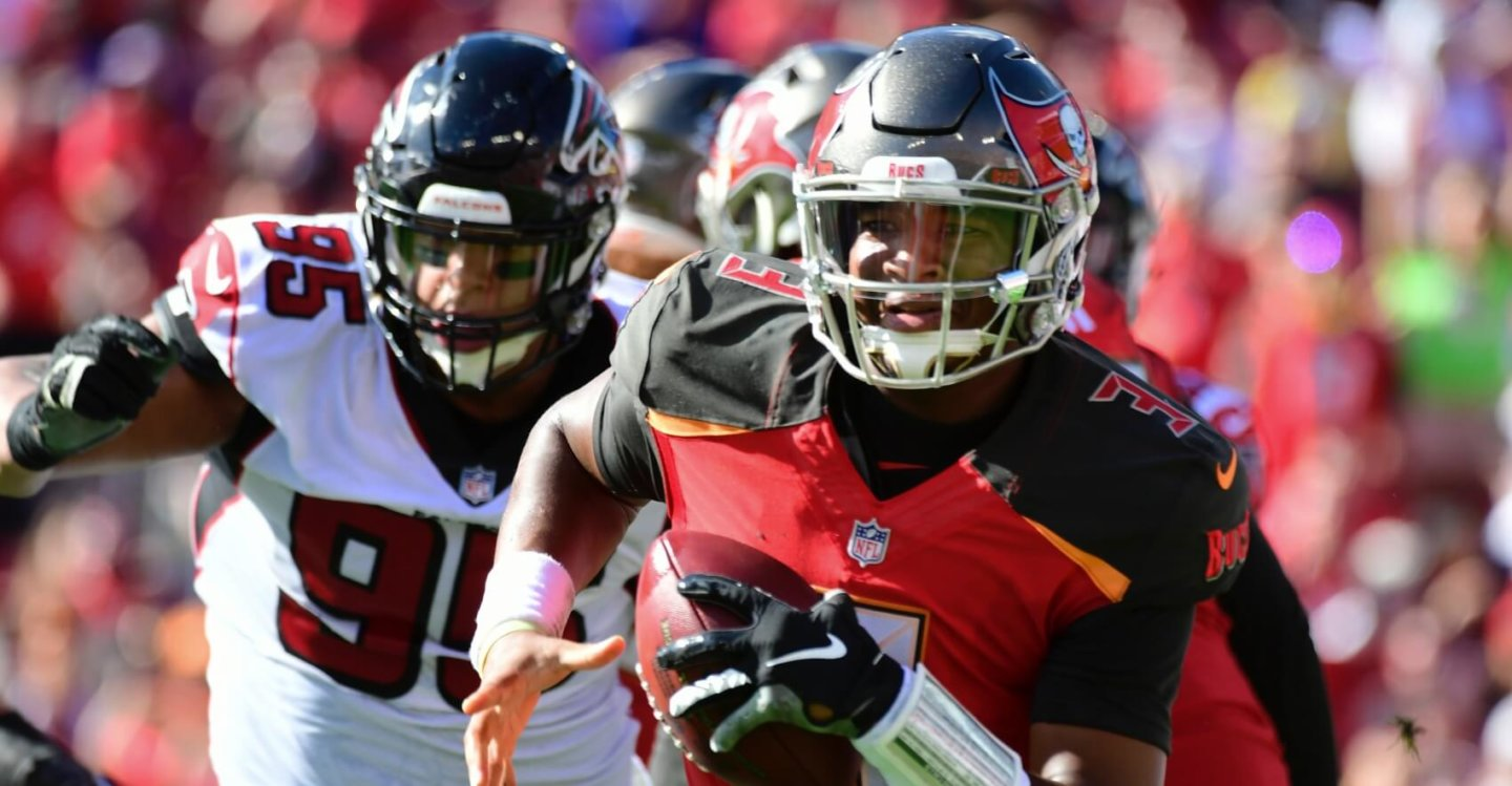 Fantasy Football Strategy: Roster Construction-Based Rankings QB Edition